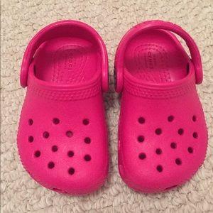 1e683498a9a3b8 NWOT Toddler Crocs